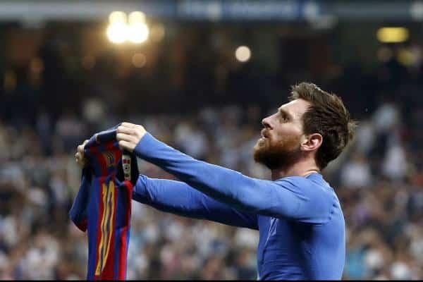 Futbolu qızlara görə oynamayan, hirsindən qaşıq çeynəyən