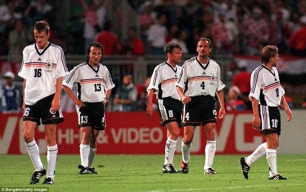 Alman futbolu zirvədə: Uşaq futboluna