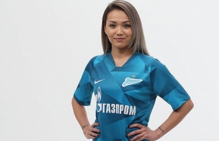 """Qazaxıstan millisinin üzvü """"Zenit""""də  – FOTOLAR"""